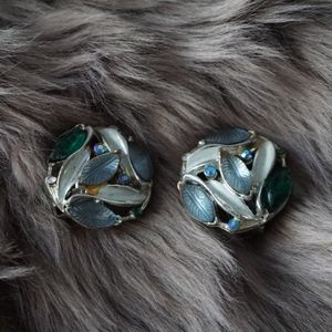 Vintage Teal Blue Green Leaf Gem Clip On Earrings